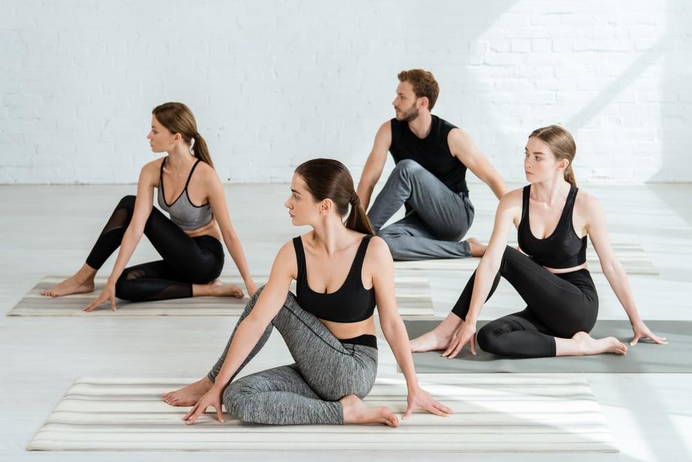 Hatha YogaFreitag 9:50-11:20 Uhr